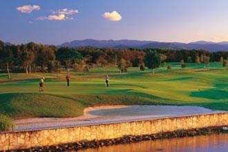 Lakelands Golf Club