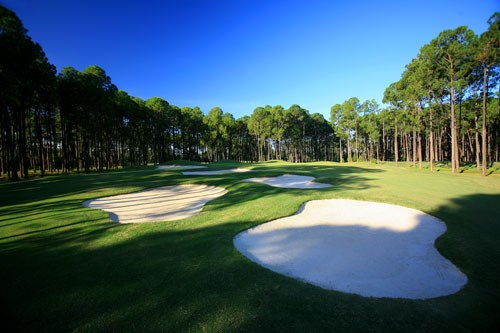 Sanctuary Cove Golf and Country Club - The Pines Hole 5