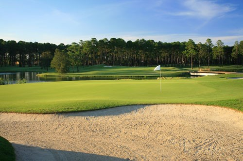 Sanctuary Cove Golf and Country Club - The Pines Hole 6