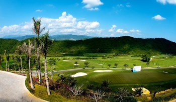 Sanya Dragon Valley Golf Course