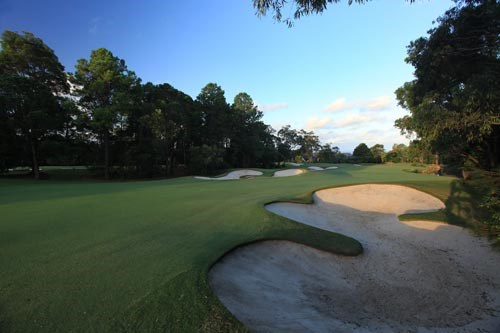 Elanora Country Club Hole 2