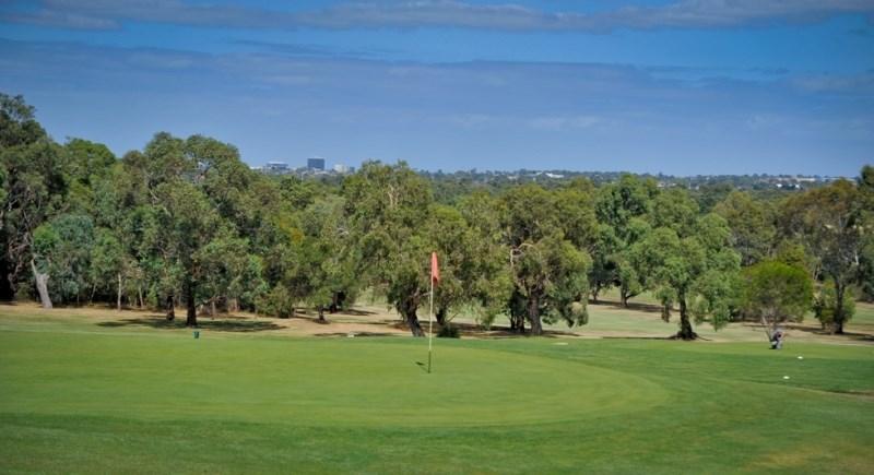 Churchill-Waverley Golf Club