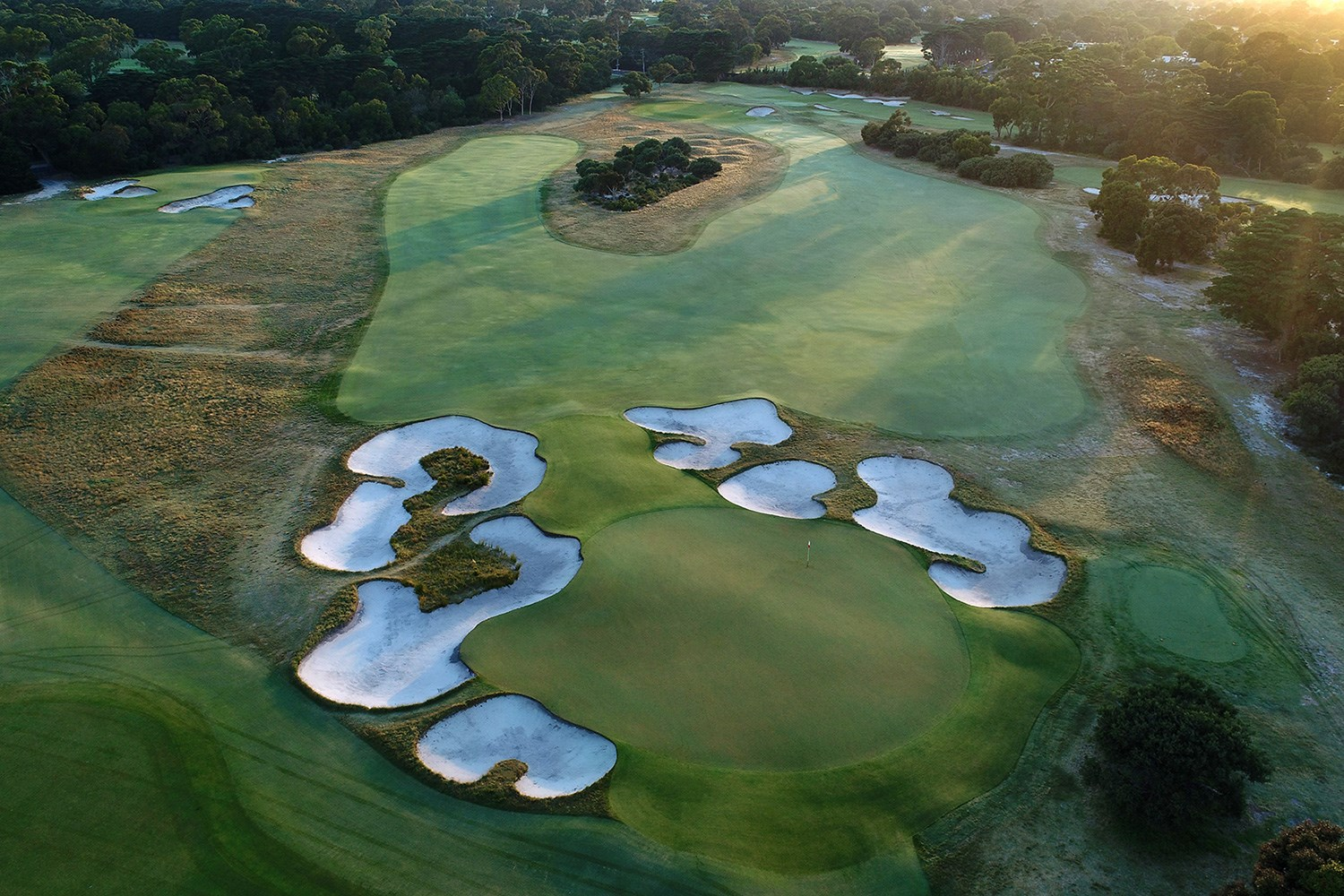 Melbourne Sandbelt | Alex Russell Golf Gems | Enquire Now