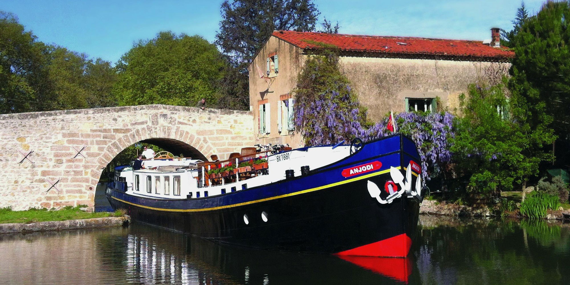 France - Barge Golf Cruise in Provence | 6 nights, 5 games