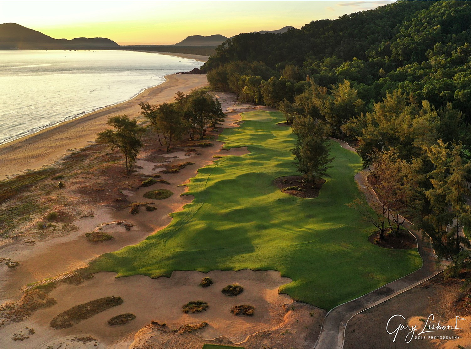 Laguna Whitsundays Hole 9